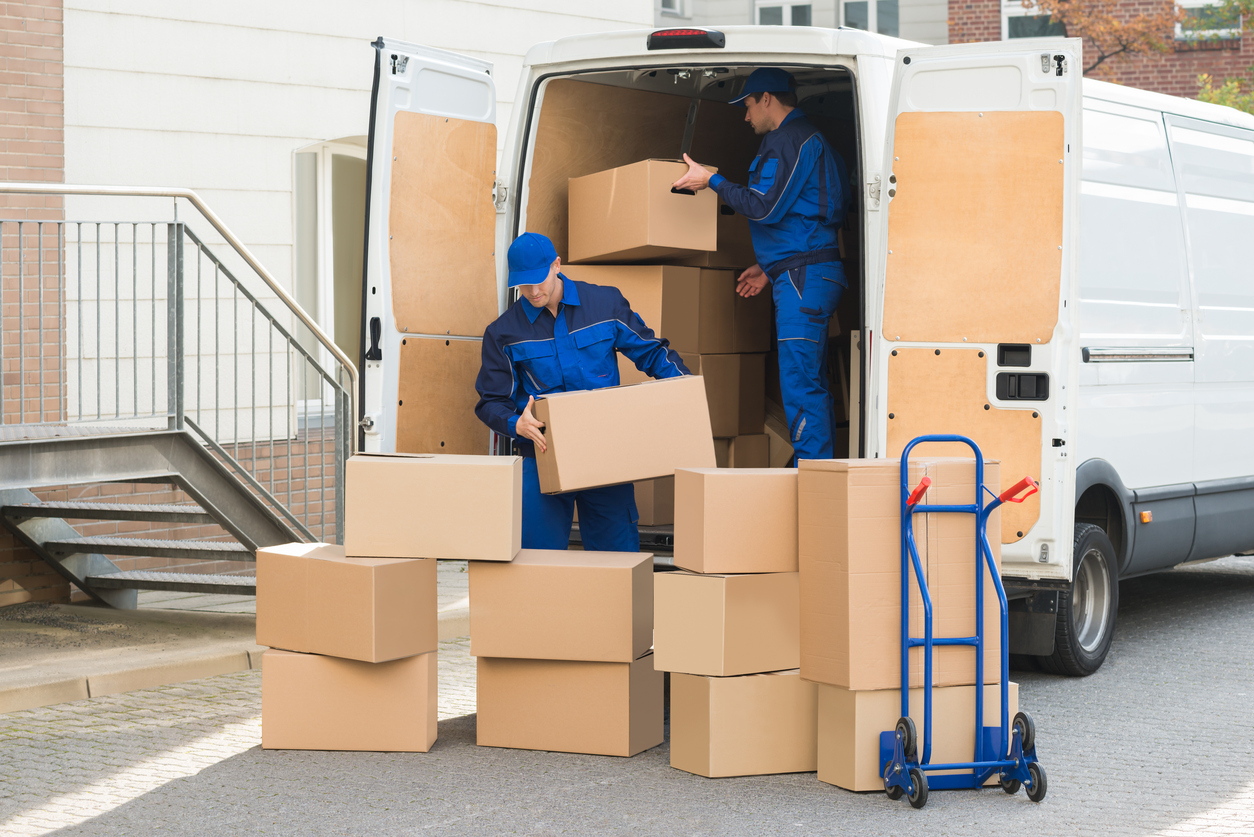 Select a Reputed Packers – Movers Agency and Transfer Safely