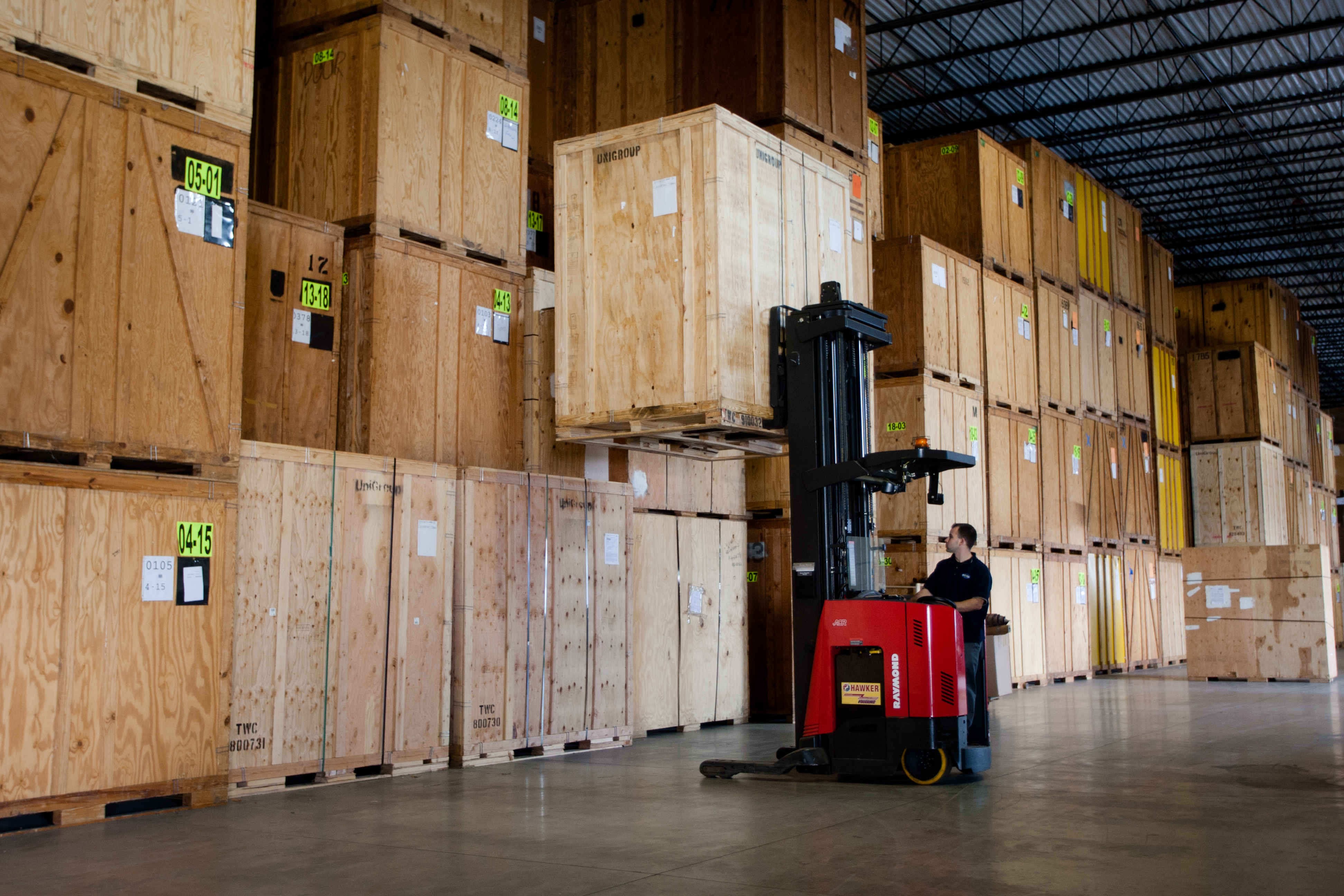 Shifting Firm Storage for Industrial Items
