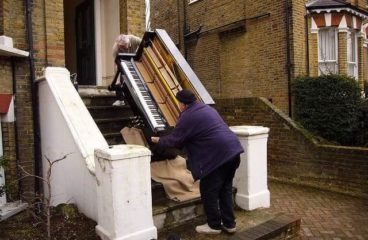Tips for Moving a Piano: How to Find the Ideal Movers?