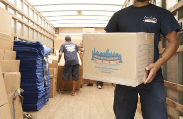 Hire Chicago movers and enjoy everything on hand